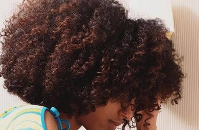 Connaître son type de cheveu et l'adapter à sa routine Partie 1