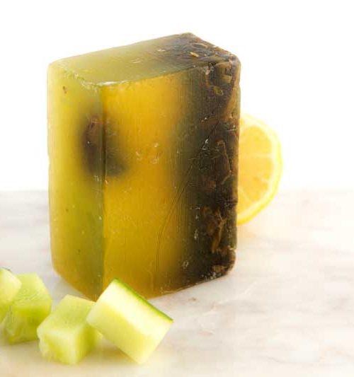 "Savon ayurvédique ""Concombre & Citron - Teint frais"" LorenKadi 100 gr www.nabao.fr"